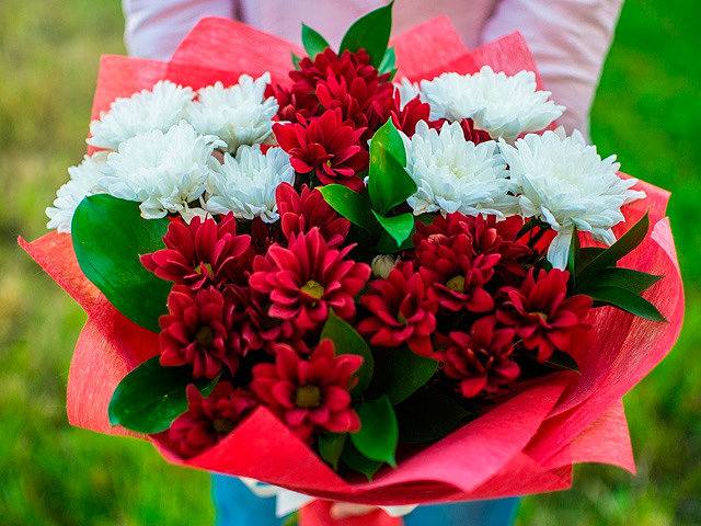 Букеты из хризантем